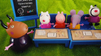 儿童玩具动画:小朋友要和佩奇学习知识