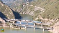 陇海铁路宝天段陕西六川河风景区宝鸡峡铁路大桥拍车记