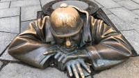 【原创】四月四日广场 布拉迪斯拉发老城主广场  游斯洛伐克不可不去的地方