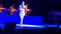 费玉清在澳门演出,一首老歌《南屏晚钟》,纯净的嗓音,好听极了
