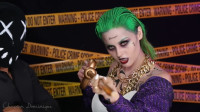 当女子将自己美妆打扮成小丑,你觉得有几分相似?