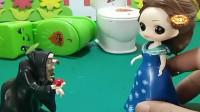 益智少儿亲子玩具:贝儿以为收买了他们,她就可以不用刷马桶了917
