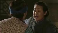 小姨多鹤:小环假装坐月子给亲戚看,孩子亲娘冲进来抢孩子,尴尬