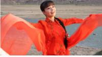 王二妮开嗓再唱经典《走西口》,开口自带音效,这声音听得骨子都软了