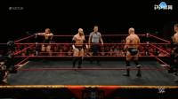 男子对决,台上相互挑衅,最终陷入混战