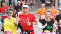 厉害!40岁孕妇怀胎8月跑完全马:批评我的人一半没怀过孕