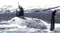 俄罗斯改进型的核潜艇,排水量达2.4万吨,可载16枚弹道导弹
