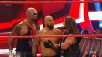 11月19日RAW OC组合安德森vs墨摔小酱卡萝里