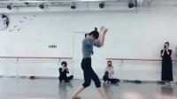 瑜伽训练:小姐姐跳的舞蹈《鸿雁》,让人忍不住拍手称赞