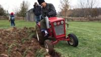 国外小型耕地机,简单实用,极大提高工作效率