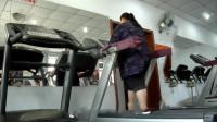 380斤胖妈每天坚持训练,成功减重100斤,令人欣慰的结果