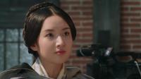 女演员偷笑激怒吴镇宇,片场内怒摔盘子泄愤