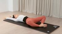 束脚式和屈腿韧带拉伸,瘦腿开胯促进宫腔微循环,缓解便秘排毒