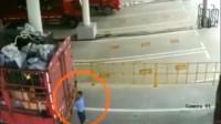 大货车司机死的太冤枉了,要不是监控,谁能知道罪魁祸首?