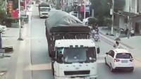 """""""自杀式""""超车,如果不是监控,都不知道大货车的冤枉!"""