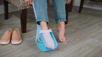 牛人发明穿袜子神器,堪称懒人的福音,网友:最适合孕妇!