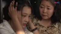 穷女孩磕头给哥哥妹妹治病,不料他们的病并没有好,顿时崩溃了!