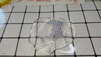 无硼砂透明水晶泥,网上买的,加了小珍珠填充物,漂亮解压,好玩