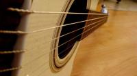 自学吉他第008天:小蜜蜂练习