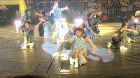 天王巨星刘德华演唱会献唱《没有人可以像你》场面太霸气了,棒