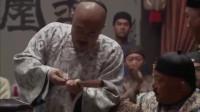 铁齿铜牙纪晓岚:皇上看戏嫌弃和珅,看戏瞎搅和,和珅却一脸委屈