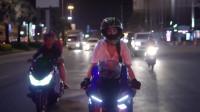 机车摩托:美女夜骑雅马哈R1
