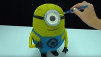 小伙用火柴制作小黄人玩具,这动手能力真的让人佩服!