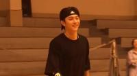 捉到一只正在打篮球的许凯小哥哥,超帅有没有被撩到!