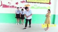 学霸王小九校园剧:老师让学生砸水瓶作考试成绩,全班都是满分,没想学霸却考了0分