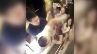 三名女子与醉汉同乘电梯,假如没监控,谁信他们是这种人!