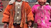 家里条件再不好,也别给孩子穿这种衣服,否则会让孩子自卑