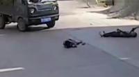 这种车祸司机要怎么解释?调取监控,司机有苦说不出