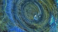 你以为撒哈拉沙漠里只有沙子吗?还有一只神秘巨眼注视着这个世界!