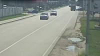 这车祸说不是故意的都没人信,监控拍下全过程!