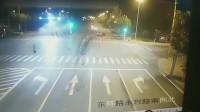 女司机驾驶玛莎拉蒂,将宝马撞飞200米远,结果造成严重的事故