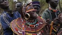 非洲部落的野蛮婚礼,新娘全程苦不堪言,父母只能袖手旁观