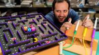 技术宅用纸板自制吃豆人游戏,玩起来根本停不下来,技术宅会玩