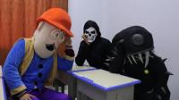 奥特曼真人版:3个怪兽集体找蜘蛛侠报仇,没想蜘蛛侠根本就没出现