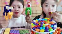 小姐姐吃播:彩色泡泡糖、棒棒糖神器,看着就想吃