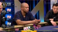 德州扑克:中国老板再次表演教科书般的运气,转牌击中顺子没谁了。