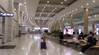 韩国仁川机场 候机无聊航站楼里瞎转悠 不过这机场还真不错