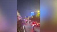 武汉宣布关闭离汉通道!有市民连夜出城, 跑道车辆排成长龙