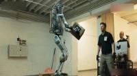 机器人被打会有什么反应