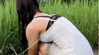 这才是真正的老挝美女,当她转身那一刻,恕我直言:根本挪不开眼