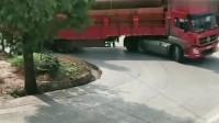 同样的大货车,同样的货物,一个上坡弯道就能知道老司机和新手的差别