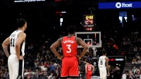 【NBA热点】马刺猛龙比赛中,两队各用1次24秒倒计时悼念科比
