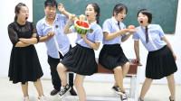 学霸王小九校园剧:老师让学生挑战西瓜泡面,没想同学们全军覆没,老师自己赢得奖励