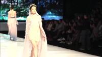 时装秀:2019广州内衣秀:薄纱设计妩媚迷人,超模袅袅婷婷很优雅!