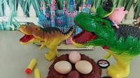 佩奇给乔治买巧克力,刚回来就被恐龙吓跑了,原来是乔治躲在了玩具里