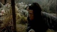 暴雨之夜,几大杀手来袭,想夺秘籍,怎料,大徒弟已学会无敌剑法